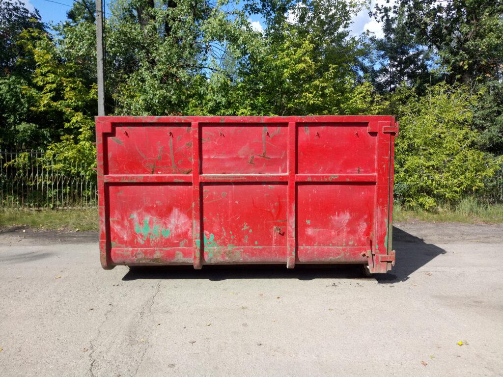 Duży kontener na śmieci, KP15, Warszawa